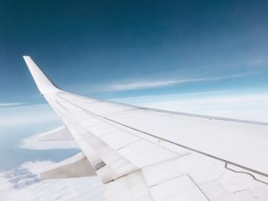 There are many benefits of air freight shipping.