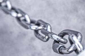 A chain - because a freight broker in Japan is a valuable link in your supply chain.