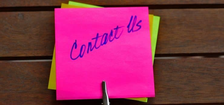 Contact us post-it note - contact us for international freight forwarding