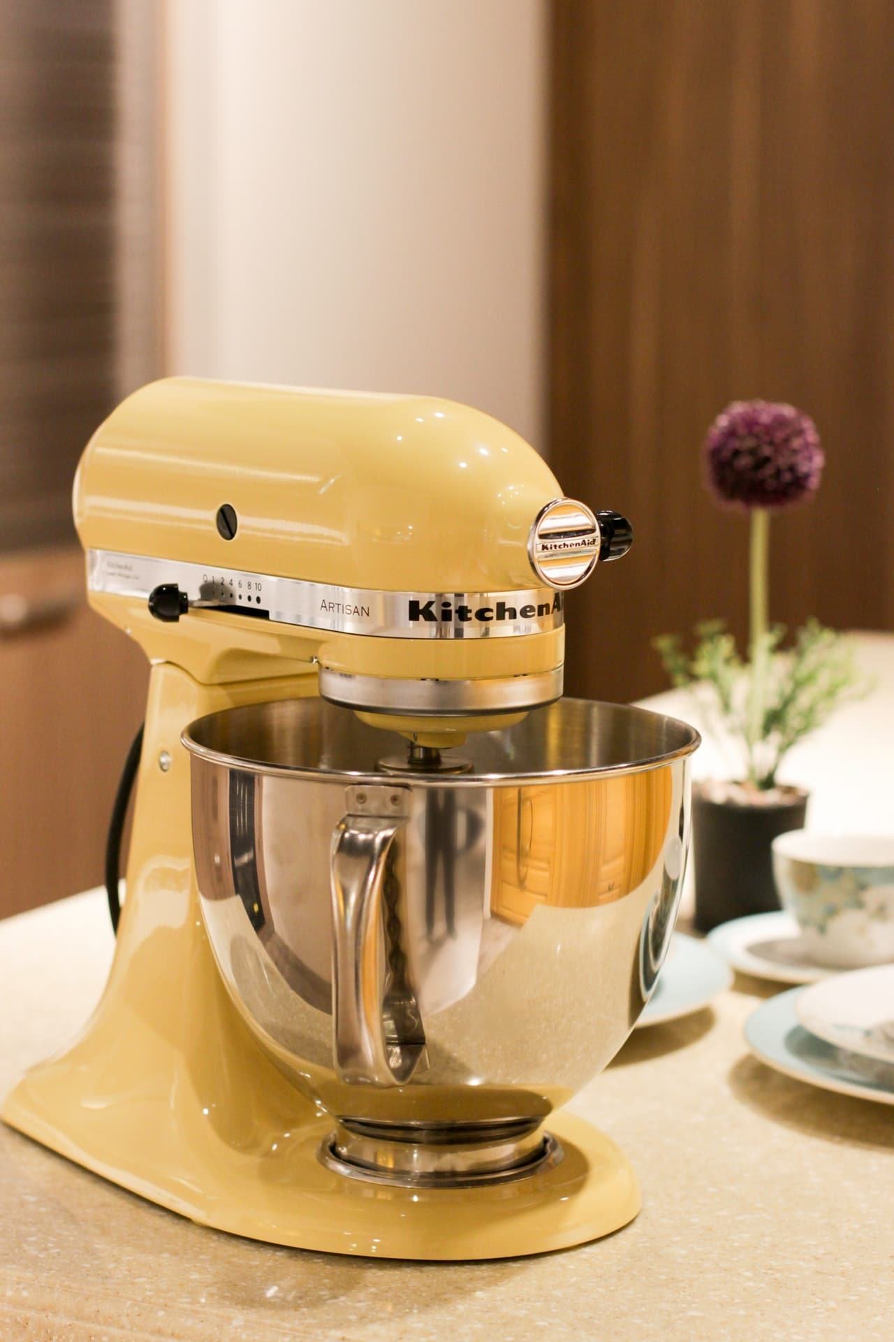 A stand mixer - packing your kitchen for an international move