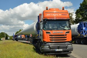 heavy truck as one of the things to know about project cargo