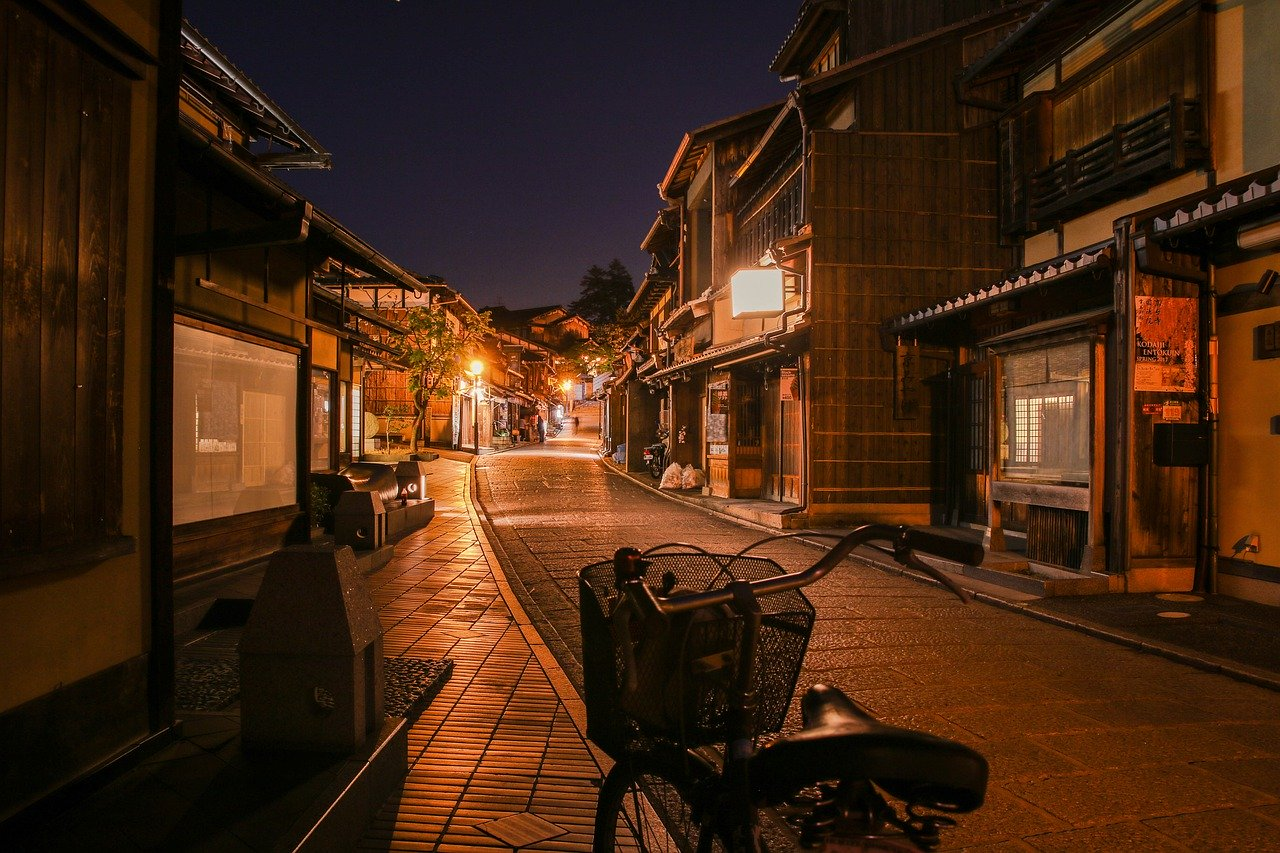 Empty streets in Japan show how Japan relocation in 2020 could be challenging after pandemic