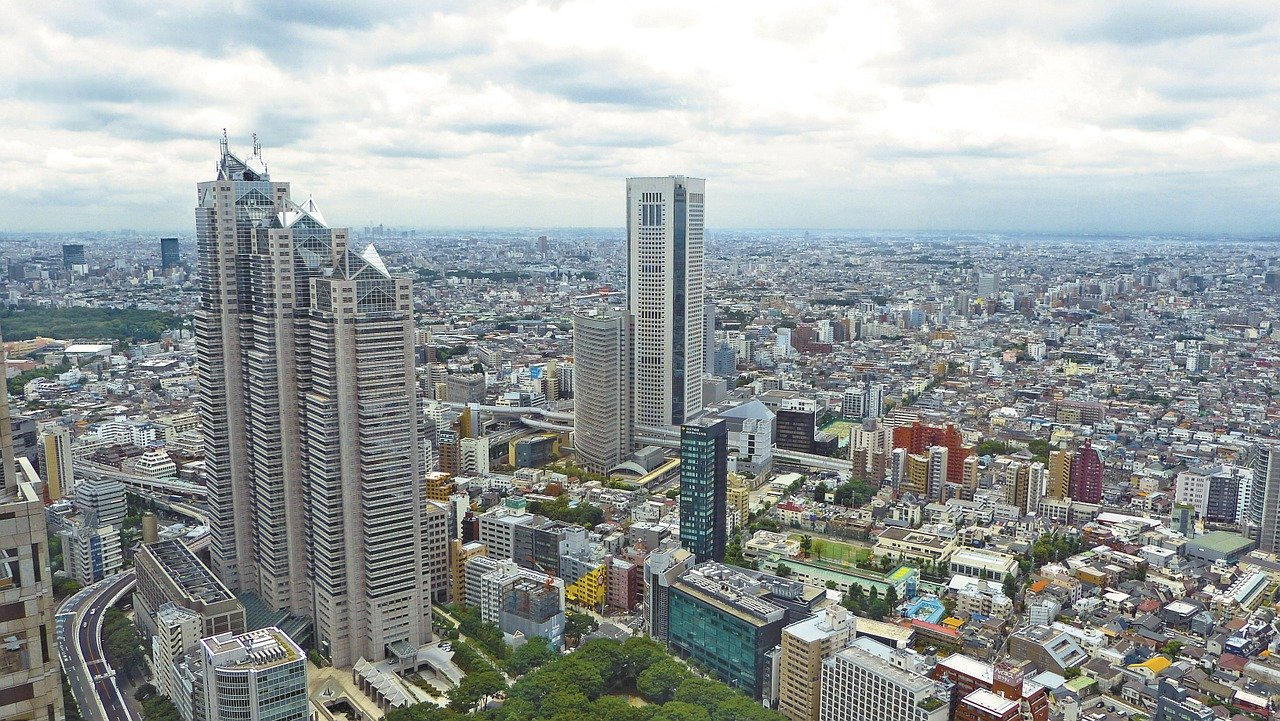 Skyscrapers in Japan which one of the apartments could be yours that you should renovate your home after moving