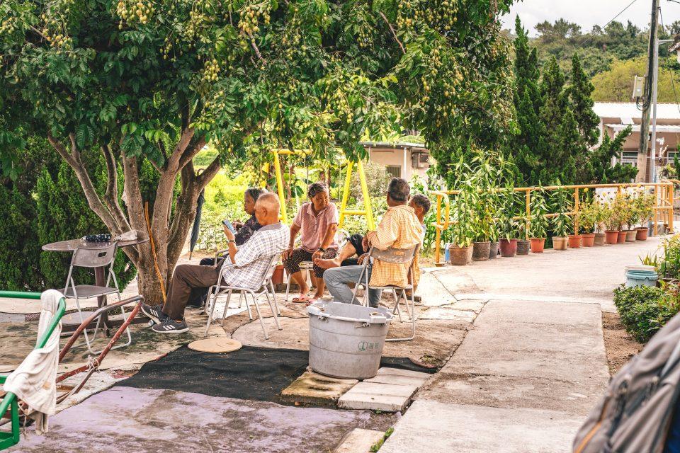 Elders that realised how retiring in Japan is great and challenging