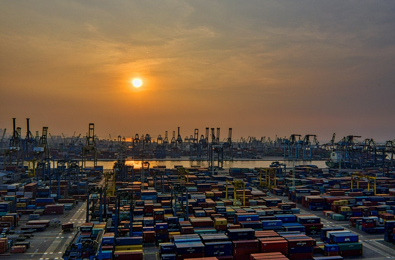 article about international shipping in 2021